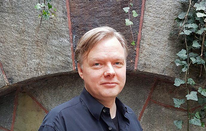 Mikael Hacklin